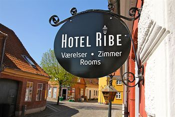 hotel-ribe-exterior-detail